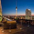 Club Weekend Berlin Late Night Weekend + Glühwein Rooftop