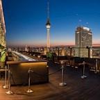 Club Weekend Berlin Urban Skyline