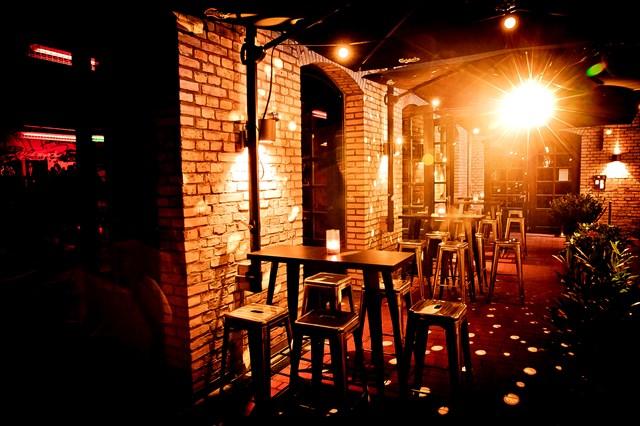 Pawn Dot Com Bar Berlin Foto #8 aus der Location
