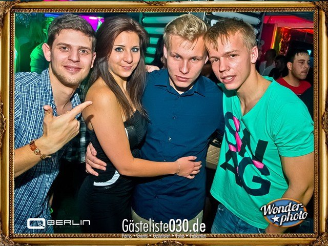 https://www.gaesteliste030.de/Partyfoto #98 Q-Dorf Berlin vom 09.11.2012