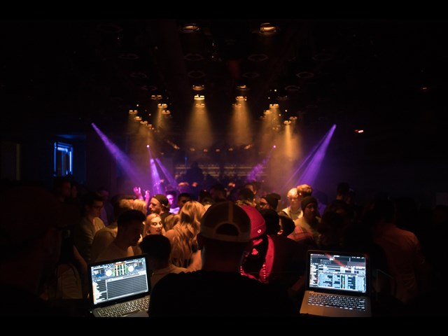 Club Weekend Berlin Foto #7 aus der Location