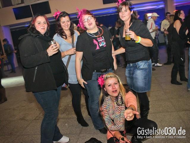https://www.gaesteliste030.de/Partyfoto #37 Trabrennbahn Karlshorst Berlin vom 01.12.2012