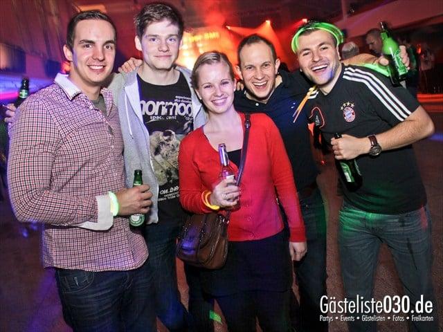https://www.gaesteliste030.de/Partyfoto #3 Trabrennbahn Karlshorst Berlin vom 01.12.2012