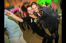 Partyfotos Trabrennbahn Karlshorst 01.12.2012 I like 90s - Winteredition by Dog Rock