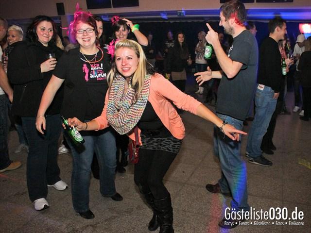 https://www.gaesteliste030.de/Partyfoto #41 Trabrennbahn Karlshorst Berlin vom 01.12.2012