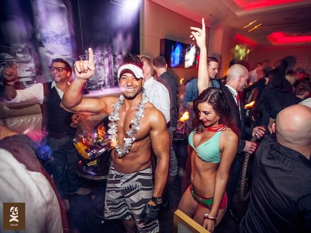 https://www.gaesteliste030.de/Partyfoto #76 Felix Berlin vom 22.12.2012