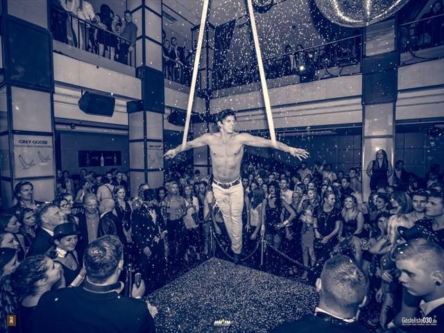 Partypics Felix 28.09.2013 9 Jahre Felix - Die Große Geburtstagsparty - powered by 93,6 JAM FM - Wir geben einen aus! Free Entry & Wodka Londrinks bis 00:09 Uhr (Gästeliste)