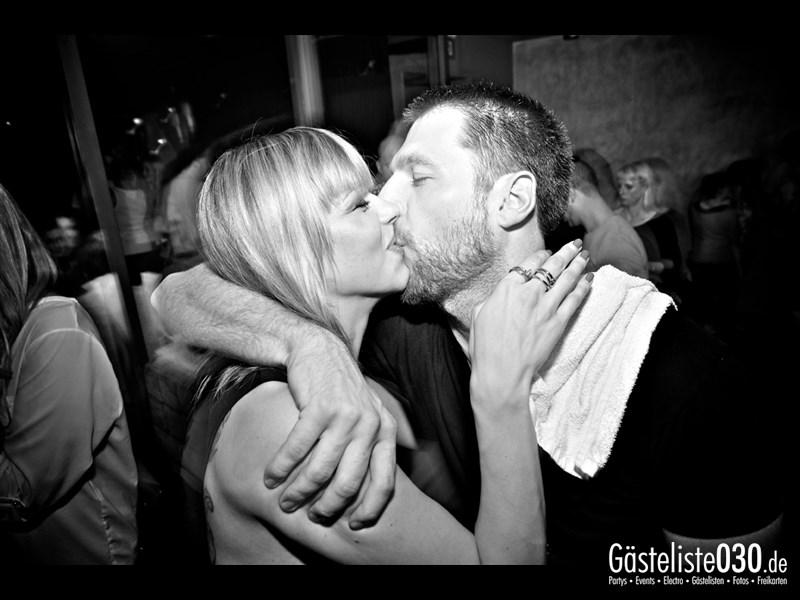 https://www.gaesteliste030.de/Partyfoto #17 Asphalt Berlin vom 07.09.2013