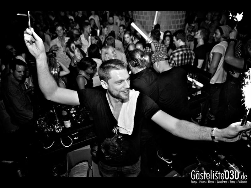 https://www.gaesteliste030.de/Partyfoto #3 Asphalt Berlin vom 07.09.2013
