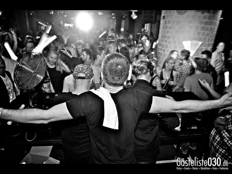 https://www.gaesteliste030.de/Partyfoto #60 Asphalt Berlin vom 07.09.2013