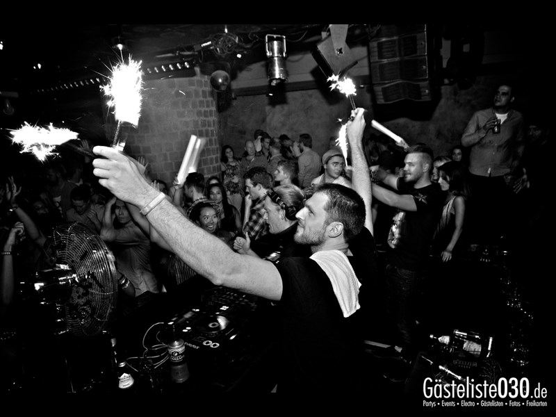 https://www.gaesteliste030.de/Partyfoto #4 Asphalt Berlin vom 07.09.2013