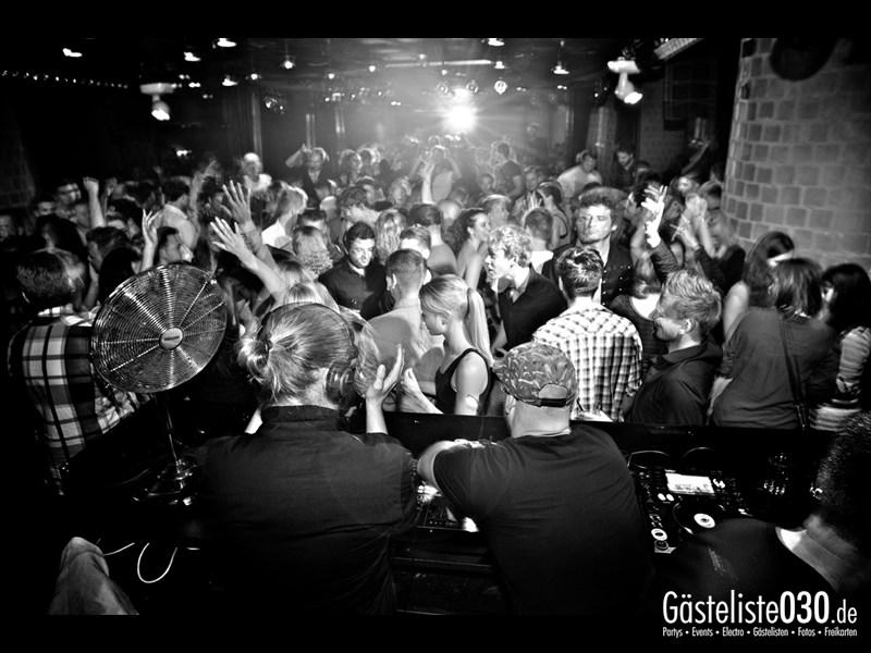 https://www.gaesteliste030.de/Partyfoto #72 Asphalt Berlin vom 07.09.2013