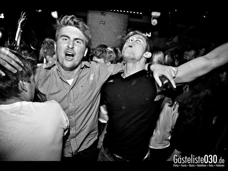 https://www.gaesteliste030.de/Partyfoto #47 Asphalt Berlin vom 18.10.2013
