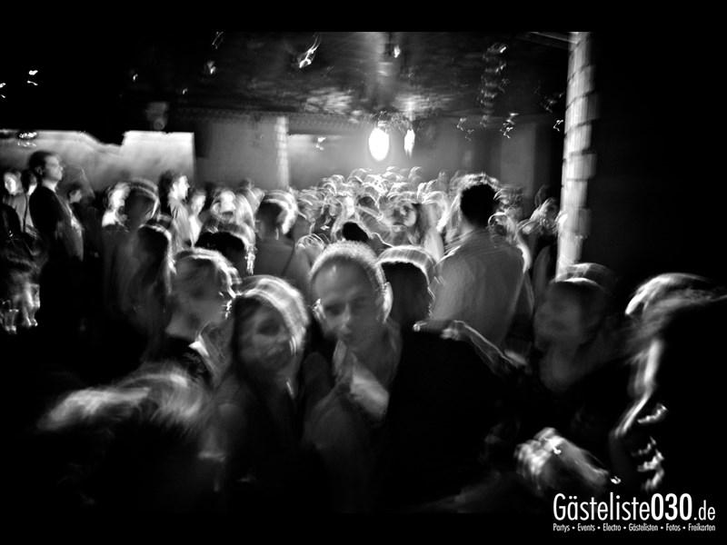 https://www.gaesteliste030.de/Partyfoto #39 Asphalt Berlin vom 18.10.2013