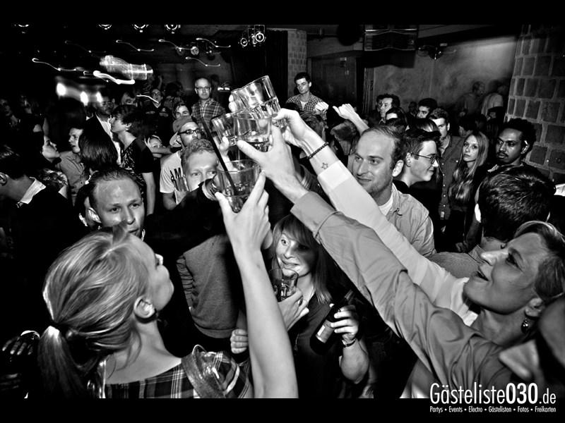 https://www.gaesteliste030.de/Partyfoto #84 Asphalt Berlin vom 18.10.2013