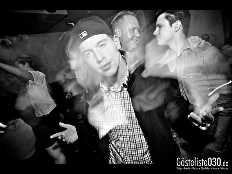 https://www.gaesteliste030.de/Partyfoto #96 Asphalt Berlin vom 18.10.2013