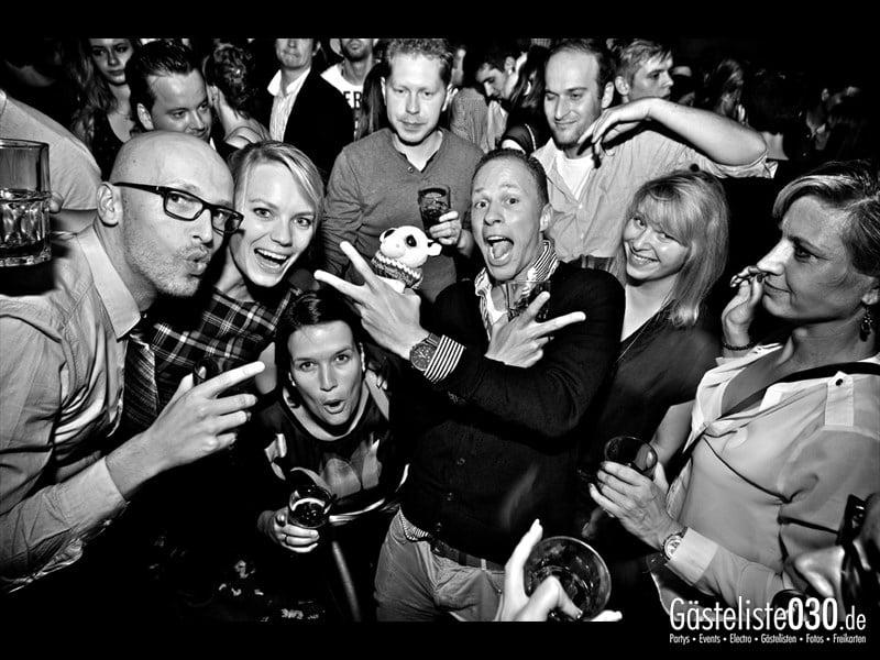 https://www.gaesteliste030.de/Partyfoto #88 Asphalt Berlin vom 18.10.2013