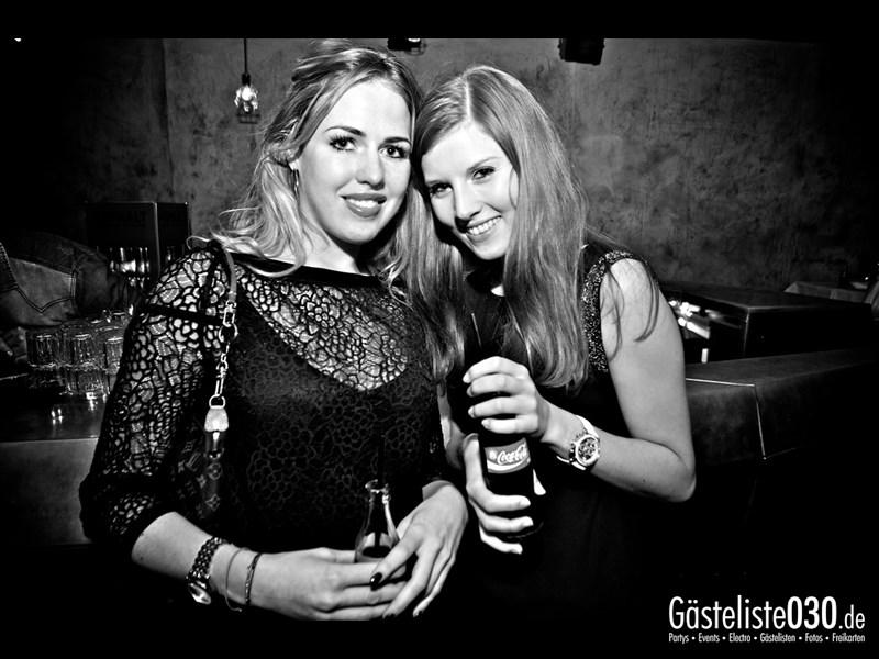 https://www.gaesteliste030.de/Partyfoto #22 Asphalt Berlin vom 18.10.2013
