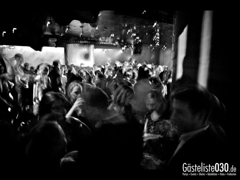 https://www.gaesteliste030.de/Partyfoto #38 Asphalt Berlin vom 18.10.2013