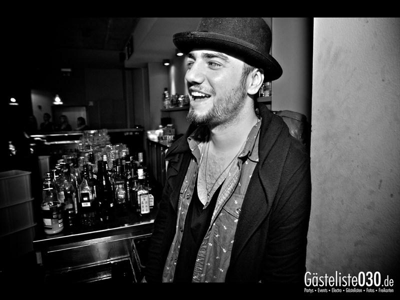 https://www.gaesteliste030.de/Partyfoto #14 Asphalt Berlin vom 18.10.2013