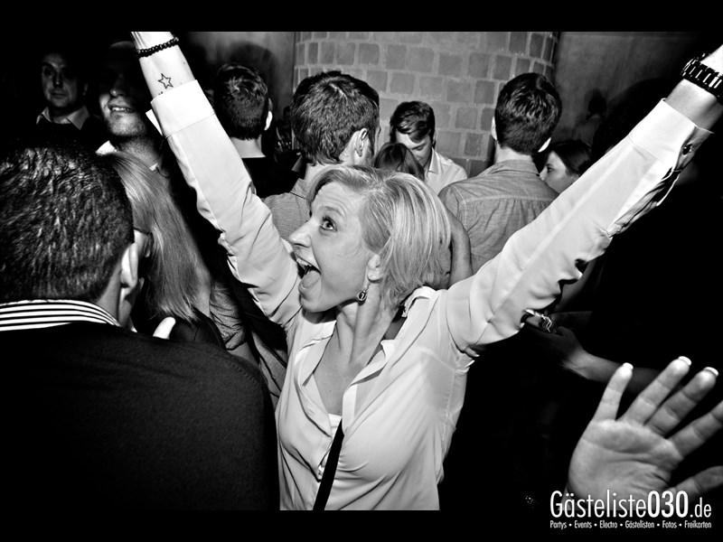 https://www.gaesteliste030.de/Partyfoto #89 Asphalt Berlin vom 18.10.2013