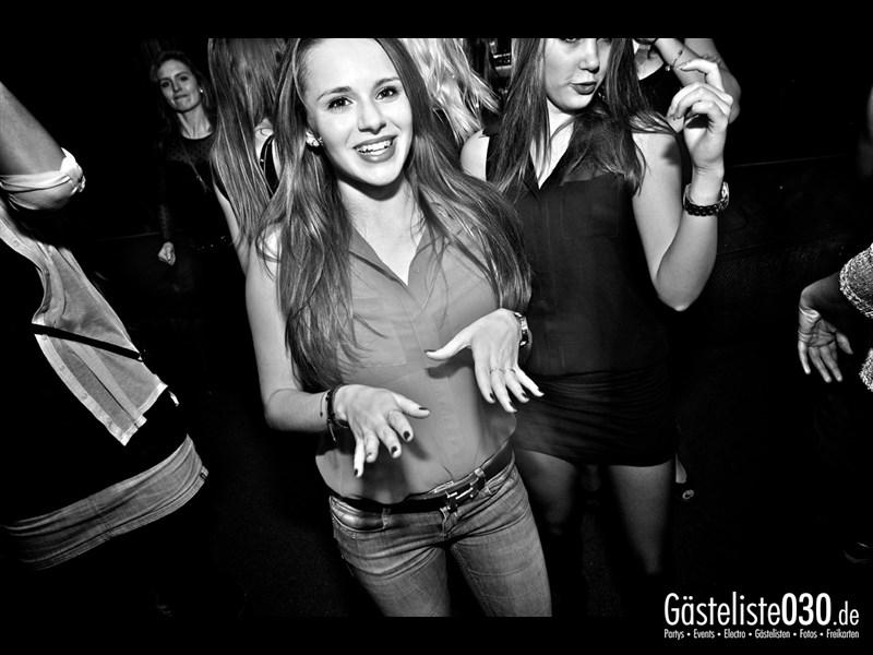 https://www.gaesteliste030.de/Partyfoto #19 Asphalt Berlin vom 18.10.2013