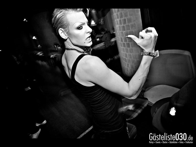 https://www.gaesteliste030.de/Partyfoto #43 Asphalt Berlin vom 18.10.2013