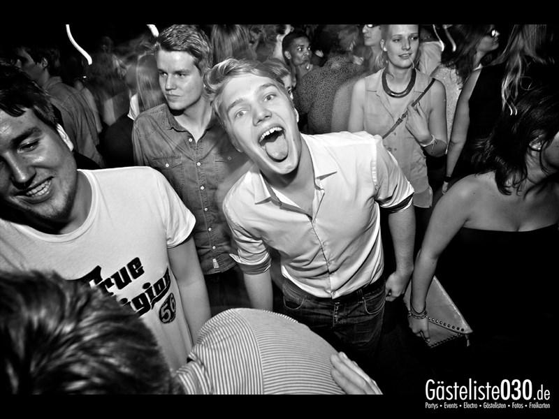 https://www.gaesteliste030.de/Partyfoto #46 Asphalt Berlin vom 18.10.2013