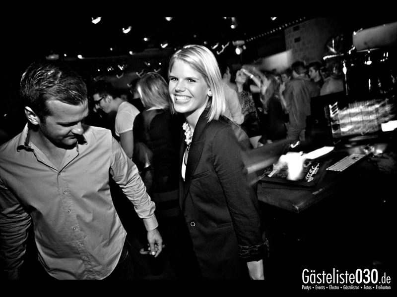 https://www.gaesteliste030.de/Partyfoto #74 Asphalt Berlin vom 18.10.2013