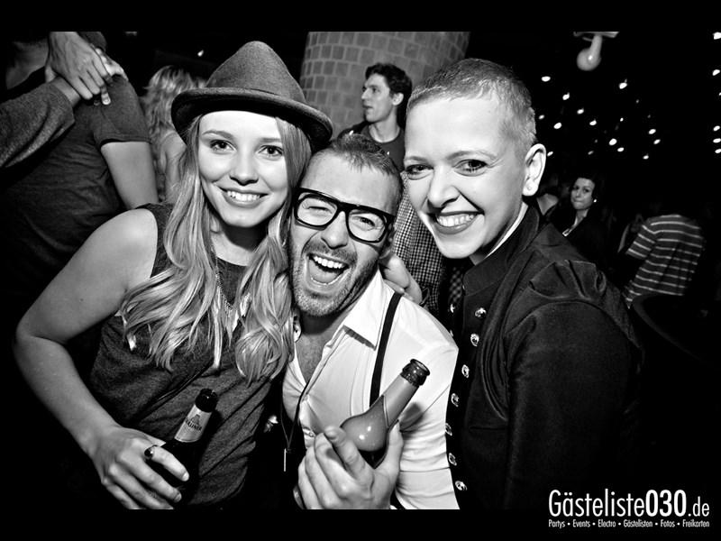https://www.gaesteliste030.de/Partyfoto #73 Asphalt Berlin vom 18.10.2013