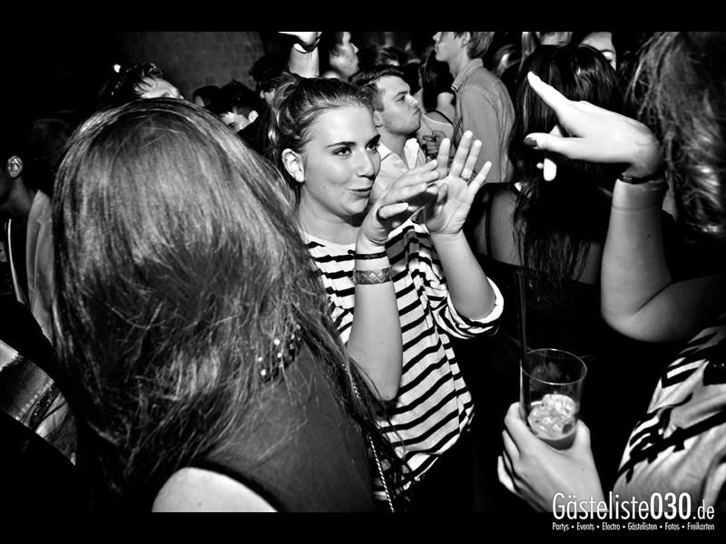 https://www.gaesteliste030.de/Partyfoto #35 Asphalt Berlin vom 18.10.2013