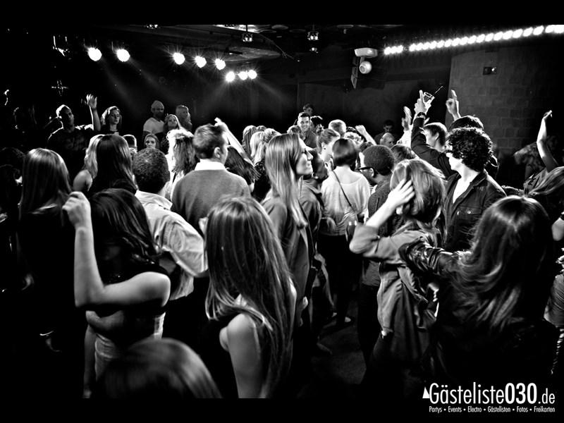 https://www.gaesteliste030.de/Partyfoto #33 Asphalt Berlin vom 18.10.2013