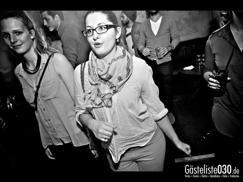 https://www.gaesteliste030.de/Partyfoto #98 Asphalt Berlin vom 18.10.2013