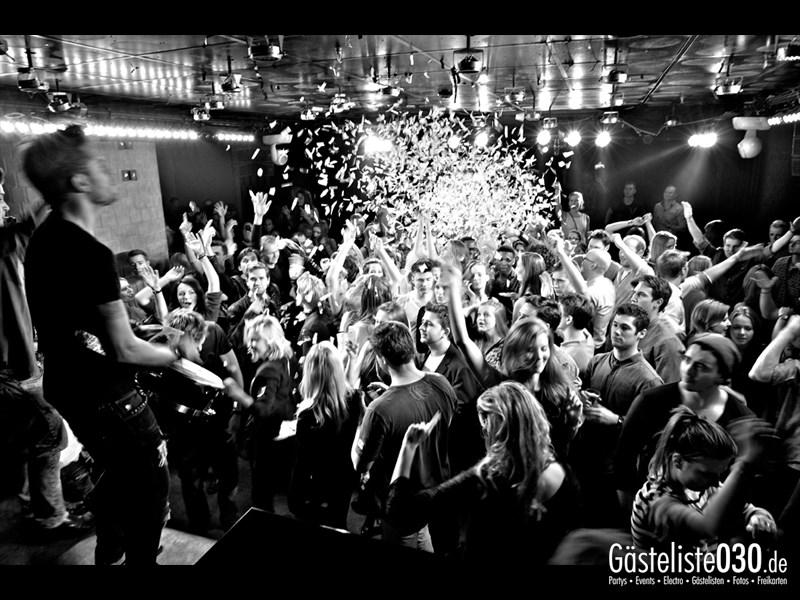 https://www.gaesteliste030.de/Partyfoto #61 Asphalt Berlin vom 18.10.2013
