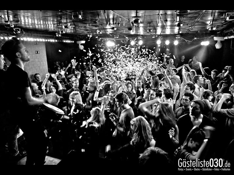 https://www.gaesteliste030.de/Partyfoto #62 Asphalt Berlin vom 18.10.2013