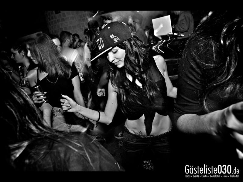 https://www.gaesteliste030.de/Partyfoto #75 Asphalt Berlin vom 10.10.2013