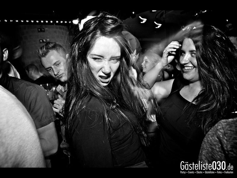 https://www.gaesteliste030.de/Partyfoto #36 Asphalt Berlin vom 10.10.2013