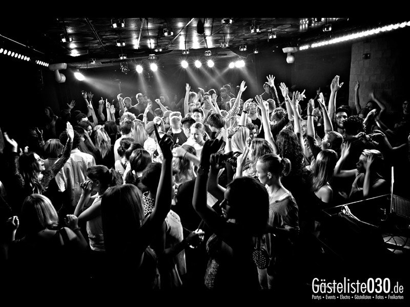 https://www.gaesteliste030.de/Partyfoto #66 Asphalt Berlin vom 10.10.2013