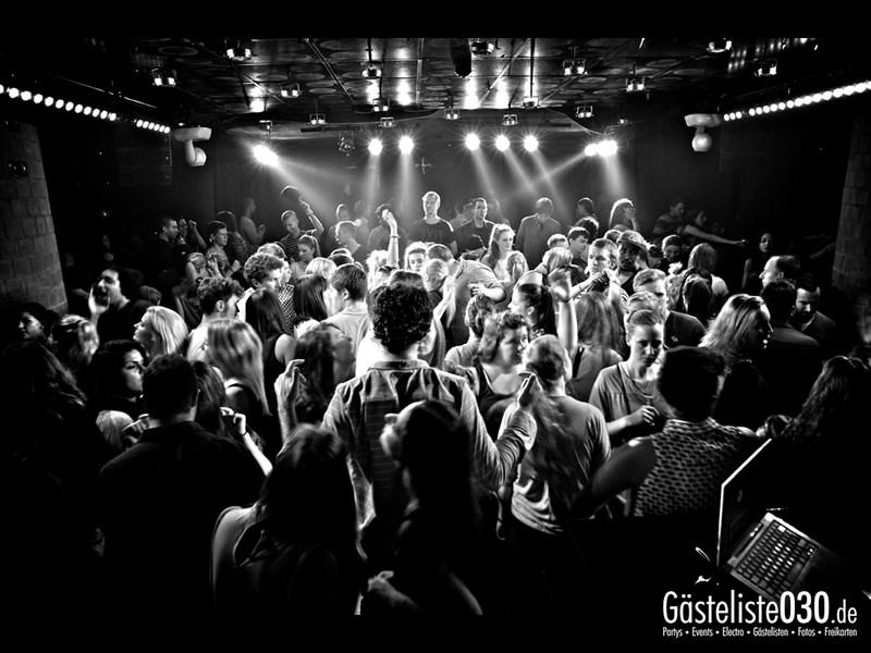 https://www.gaesteliste030.de/Partyfoto #80 Asphalt Berlin vom 10.10.2013