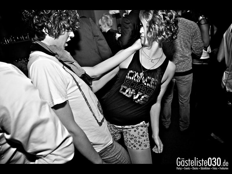 https://www.gaesteliste030.de/Partyfoto #12 Asphalt Berlin vom 10.10.2013