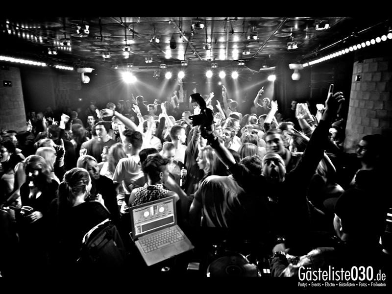 https://www.gaesteliste030.de/Partyfoto #54 Asphalt Berlin vom 10.10.2013