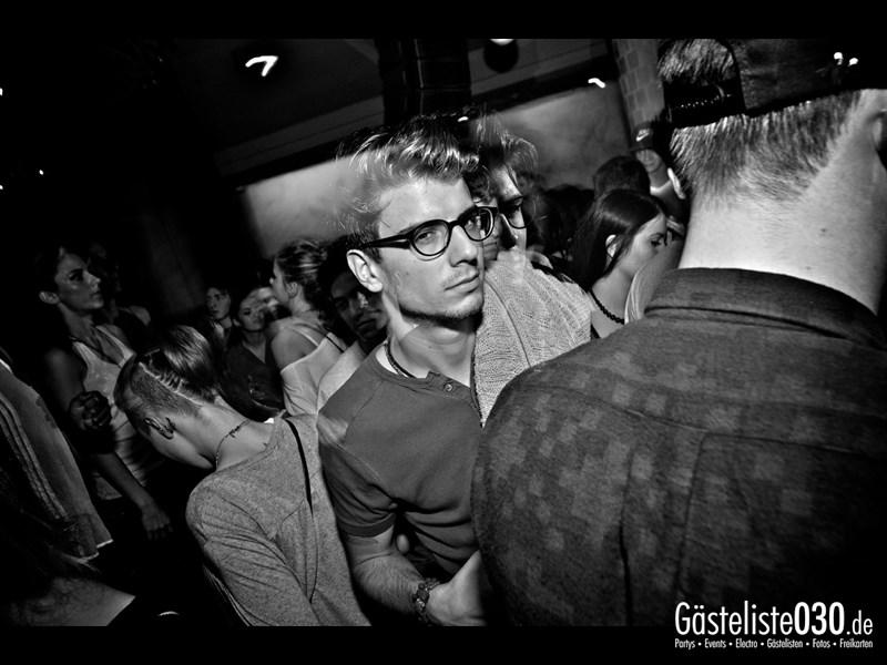 https://www.gaesteliste030.de/Partyfoto #104 Asphalt Berlin vom 10.10.2013