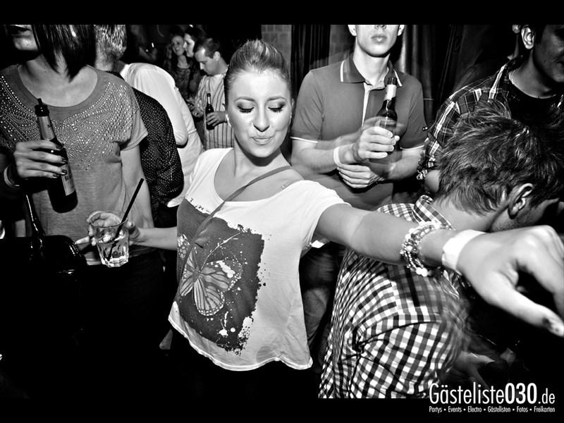 https://www.gaesteliste030.de/Partyfoto #26 Asphalt Berlin vom 10.10.2013