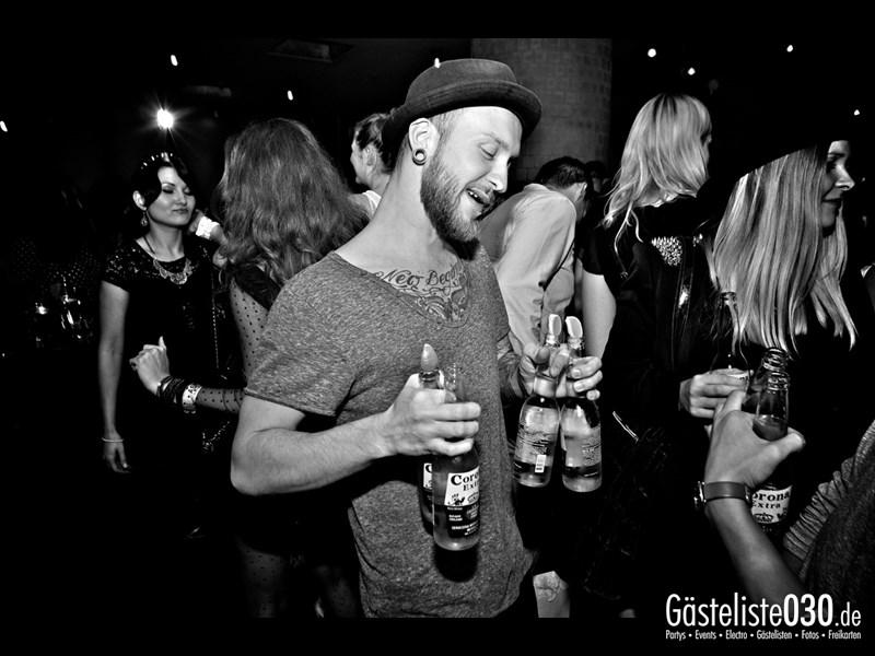 https://www.gaesteliste030.de/Partyfoto #8 Asphalt Berlin vom 10.10.2013