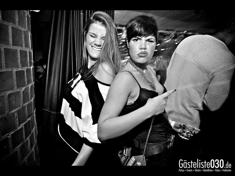https://www.gaesteliste030.de/Partyfoto #58 Asphalt Berlin vom 10.10.2013