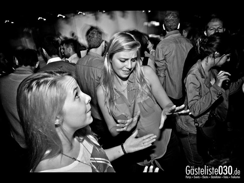 https://www.gaesteliste030.de/Partyfoto #31 Asphalt Berlin vom 10.10.2013