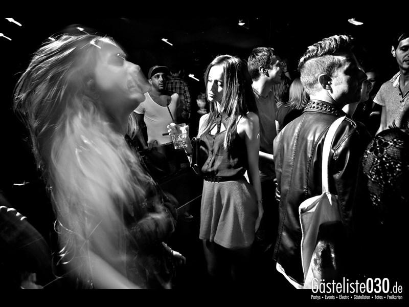 https://www.gaesteliste030.de/Partyfoto #38 Asphalt Berlin vom 19.10.2013
