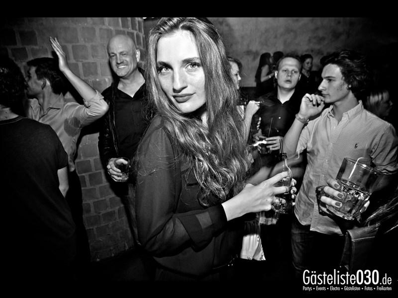 https://www.gaesteliste030.de/Partyfoto #76 Asphalt Berlin vom 19.10.2013