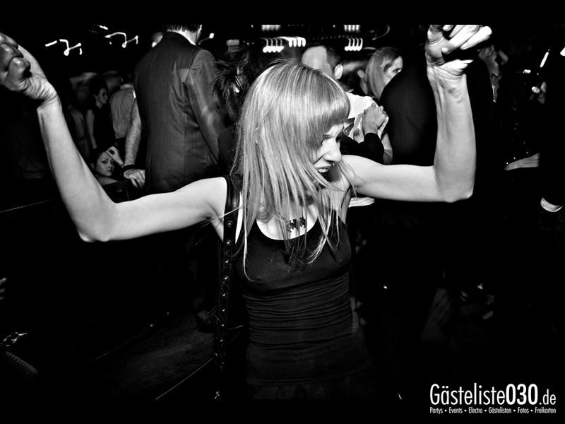 https://www.gaesteliste030.de/Partyfoto #83 Asphalt Berlin vom 19.10.2013