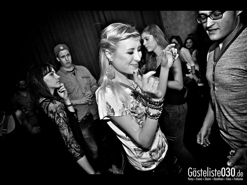 https://www.gaesteliste030.de/Partyfoto #13 Asphalt Berlin vom 19.10.2013